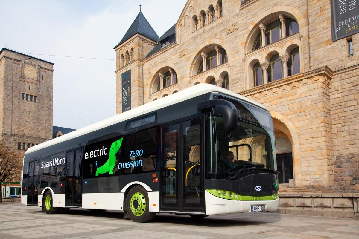 Solariksen mallivalikoimaan kuuluu dieseleiden ha hybridien lisänä täysin sähköisiä kaupunkiautoja.
